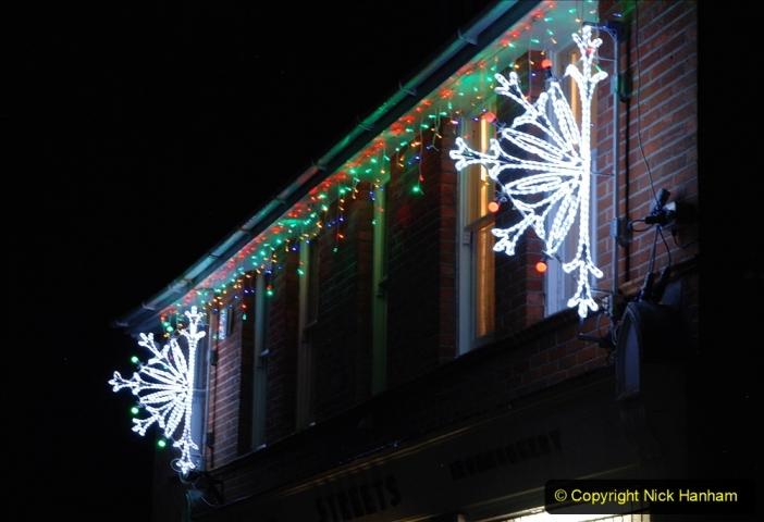 2020-12-14 Brockenhurst, Hampshire. (44) The town at night. 096