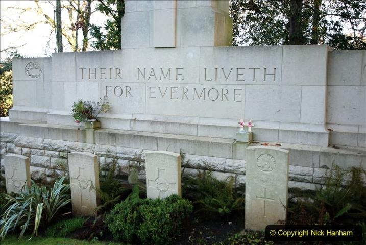 2020-12-14 Brockenhurst, Hampshire. (60) WW1 and New Zealand troops hospital area walk. 112