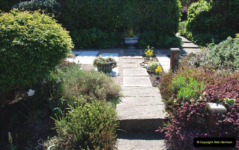 2019-04-21 A Poole Garden in Spring. (20)
