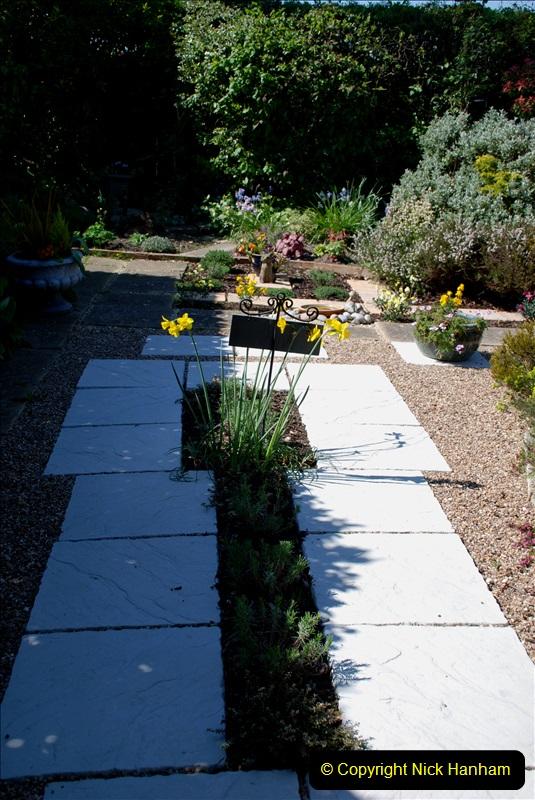 2019-04-21 A Poole Garden in Spring. (23)