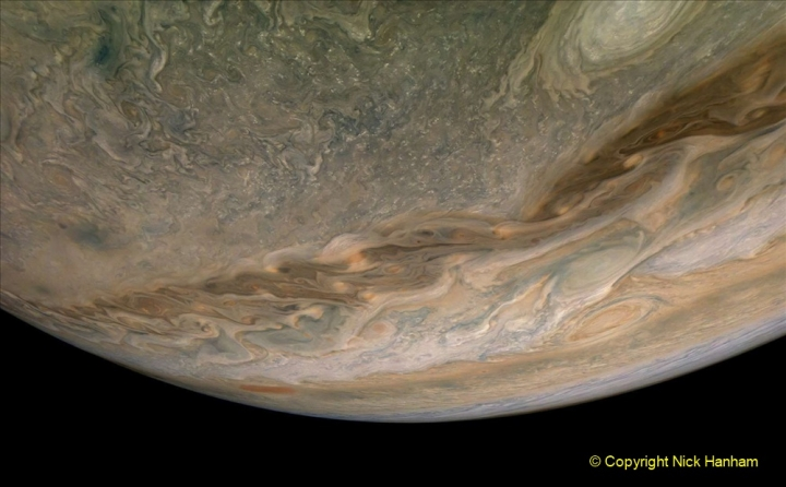 Astronomy Pictures. (10) 010