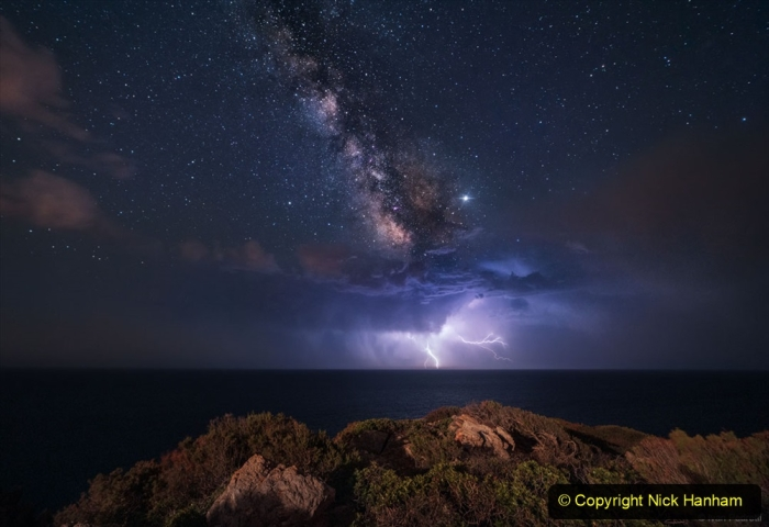 Astronomy Pictures. (100) 100