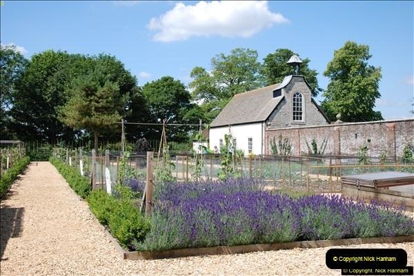 2014-07-22 Avebury, Wiltshire.  (39)039