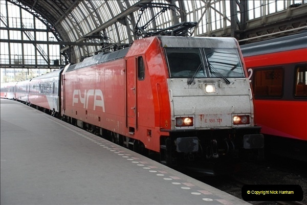 2012-04-25 Amsterdam, Holland.  (96)178