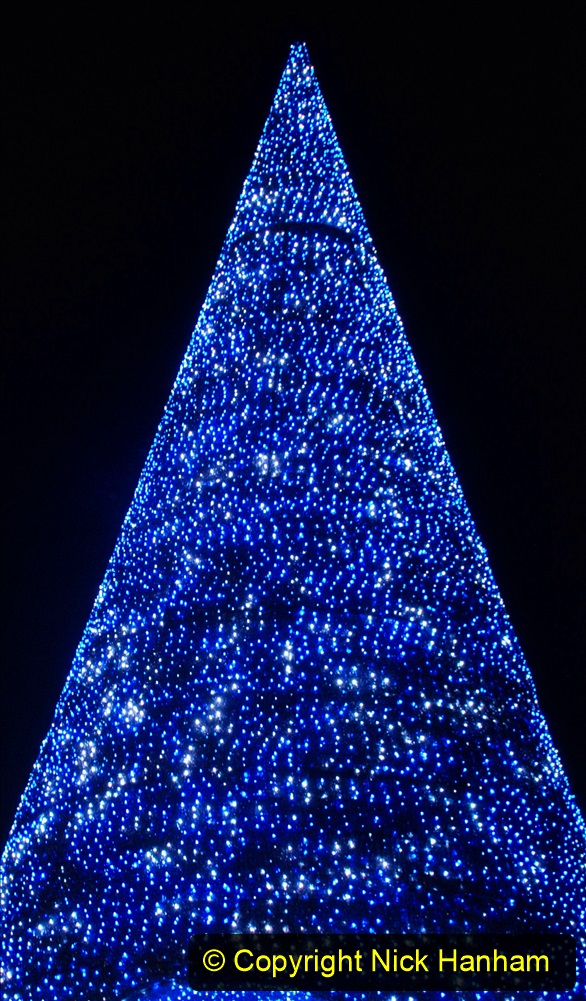 2019-12-09 Bournemouth Christmas Lights. (159) The Tree of Many Colours. 159