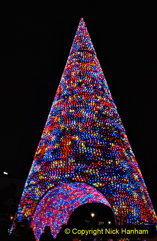 2019-12-09 Bournemouth Christmas Lights. (177) The Tree of Many Colours. 177