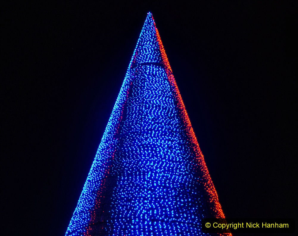 2019-12-09 Bournemouth Christmas Lights. (178) The Tree of Many Colours. 178