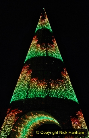 2019-12-09 Bournemouth Christmas Lights. (167) The Tree of Many Colours. 167