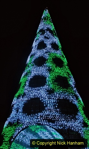 2019-12-09 Bournemouth Christmas Lights. (183) The Tree of Many Colours. 183