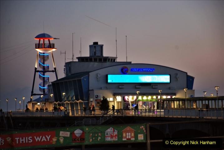 2019-12-09 Bournemouth Christmas Lights. (99) 099