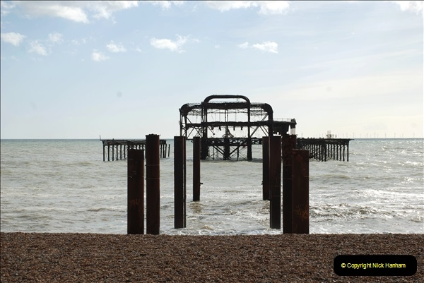 2019-03-11 to 13 Brighton, Sussex. (20) The ruins of the old West Pier.020