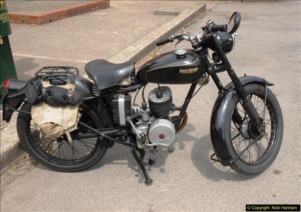 2014-05-17 Brooklands Museum, Weybridge, Surrey (The 1940s Relived).   (512)512