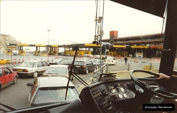 1990-02-18. Dover, Kent.  (2)143