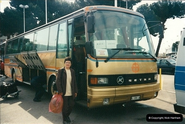 1998-05-28 Sorento, Italy. Your Host's Wife about to board our coach to Naples, Italy.264