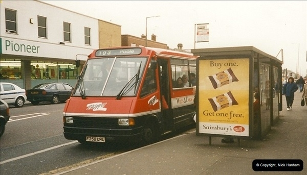 1999-02-19 Parkstone, Poole, Dorset.  (1)272