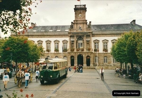 2000-09-22. Morlaix, France.320