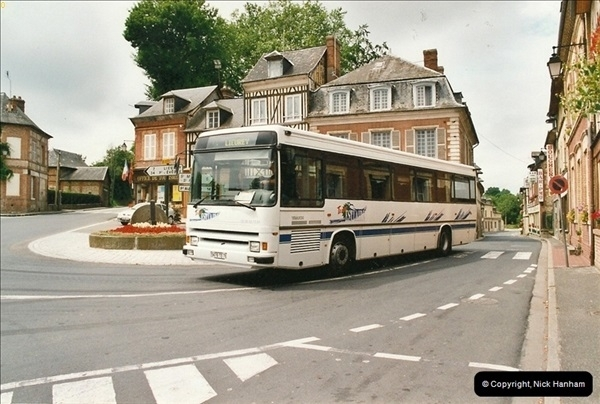 2002-07-23 Near Morlaix, France.335