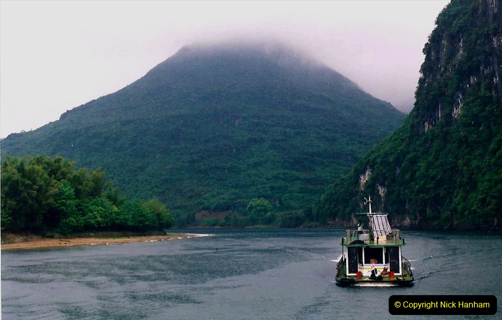 China 1993 April. (101) On the Li or Lijiang River  to Yangshuo. 101