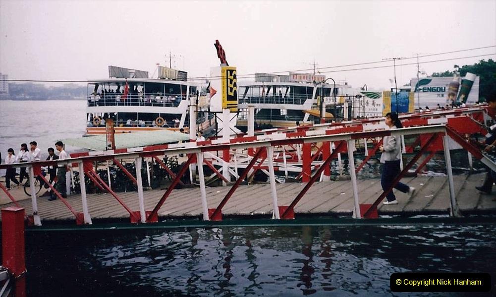 China 1993 April. (154) The Pearl River Guangzhou. 154