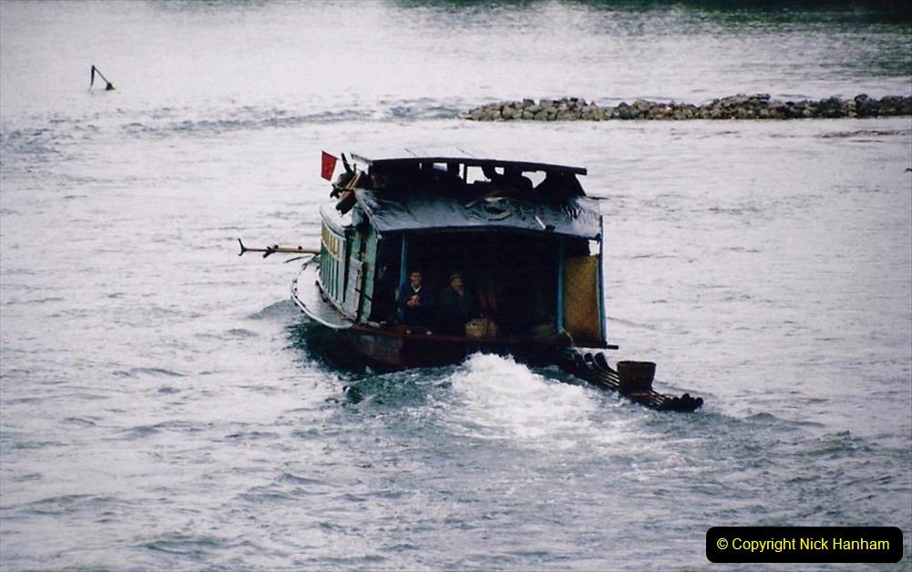 China 1993 April. (75) On the Li or Lijiang River  to Yangshuo. 075