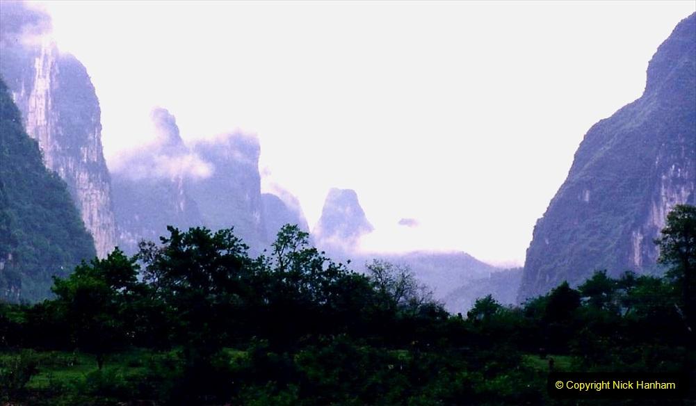 China 1993 April. (88) On the Li or Lijiang River  to Yangshuo. 088