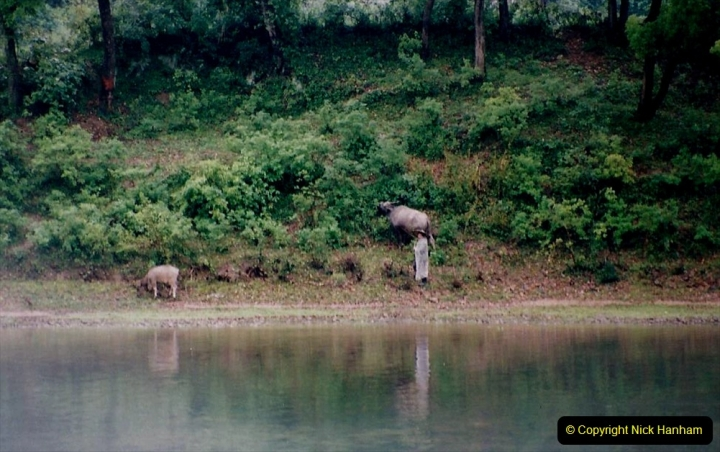 China 1993 April. (83) On the Li or Lijiang River  to Yangshuo. 083