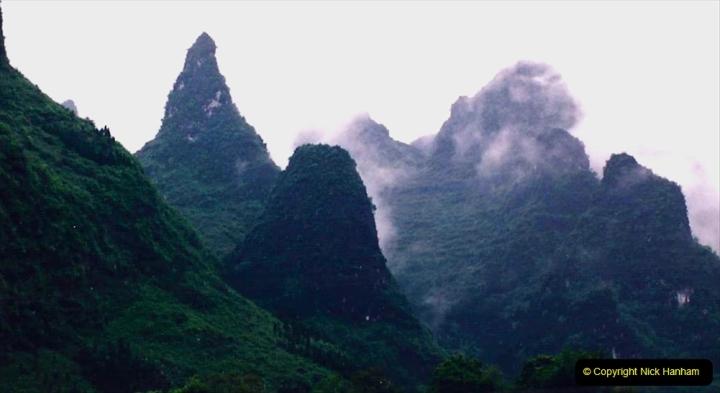 China 1993 April. (89) On the Li or Lijiang River  to Yangshuo. 089
