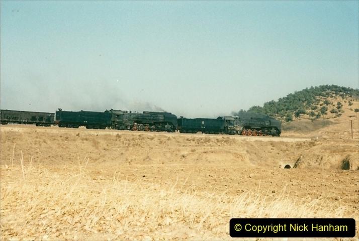 China 1997 November Number 1. (317) Various locations for linesiding near Yebaishuo. 317