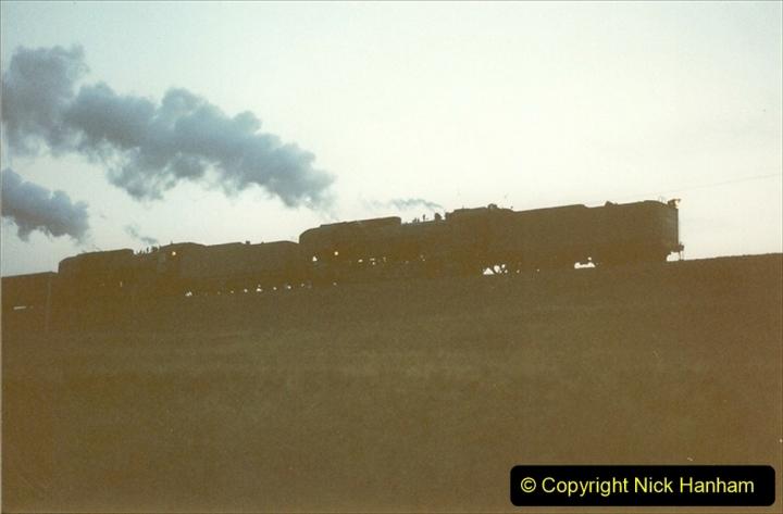 China 1997 November Number 2. (27) Yebaishou area linesiding. Dusk. 027