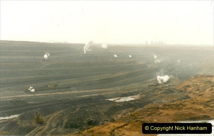 China 1999 October Number 1. (109) At Jalainur Opencast Coal Mine.