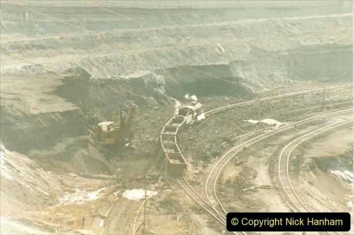 China 1999 October Number 1. (114) At Jalainur Opencast Coal Mine.