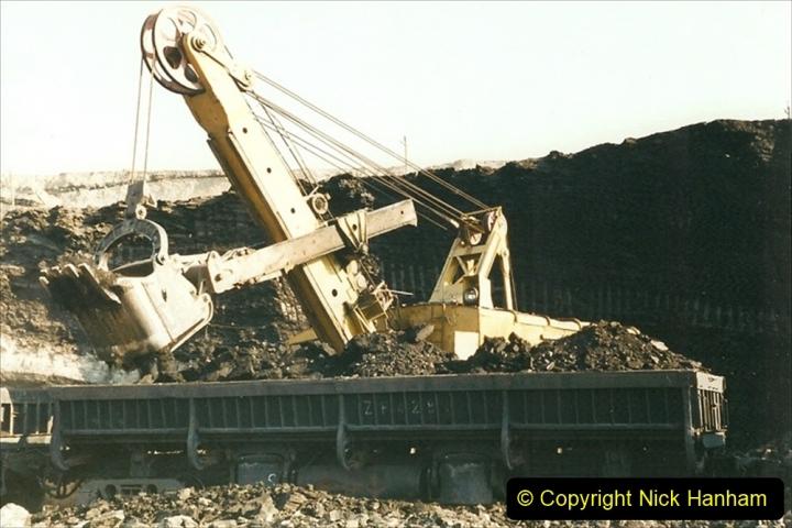 China 1999 October Number 1. (124) At Jalainur Opencast Coal Mine.