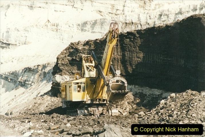 China 1999 October Number 1. (125) At Jalainur Opencast Coal Mine.