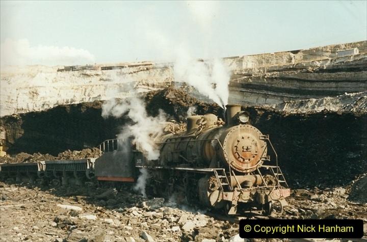 China 1999 October Number 1. (133) At Jalainur Opencast Coal Mine.