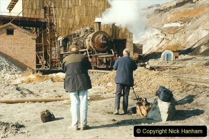 China 1999 October Number 1. (143) At Jalainur Opencast Coal Mine.