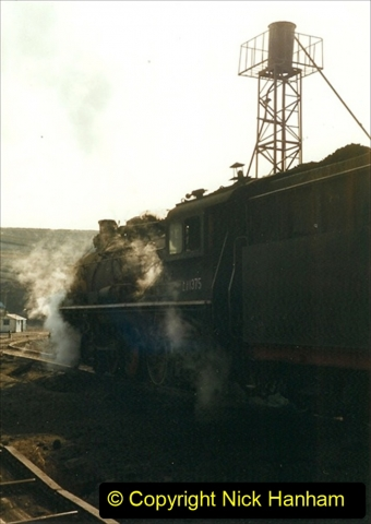 China 1999 October Number 1. (152) At Jalainur Opencast Coal Mine.