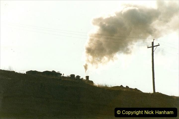 China 1999 October Number 1. (154) At Jalainur Opencast Coal Mine.