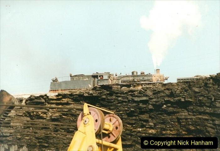 China 1999 October Number 1. (166) At Jalainur Opencast Coal Mine.