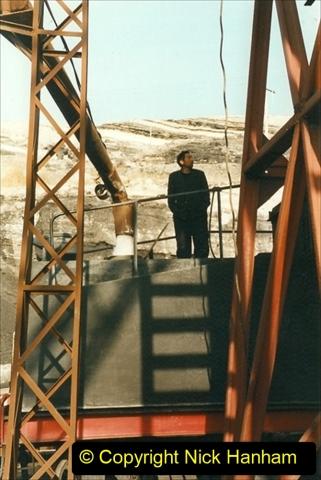 China 1999 October Number 1. (173) At Jalainur Opencast Coal Mine.