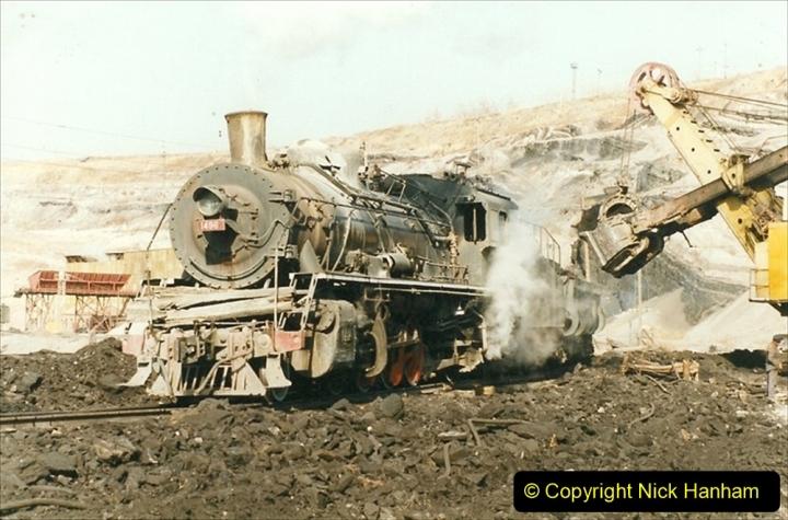 China 1999 October Number 1. (186) At Jalainur Opencast Coal Mine.