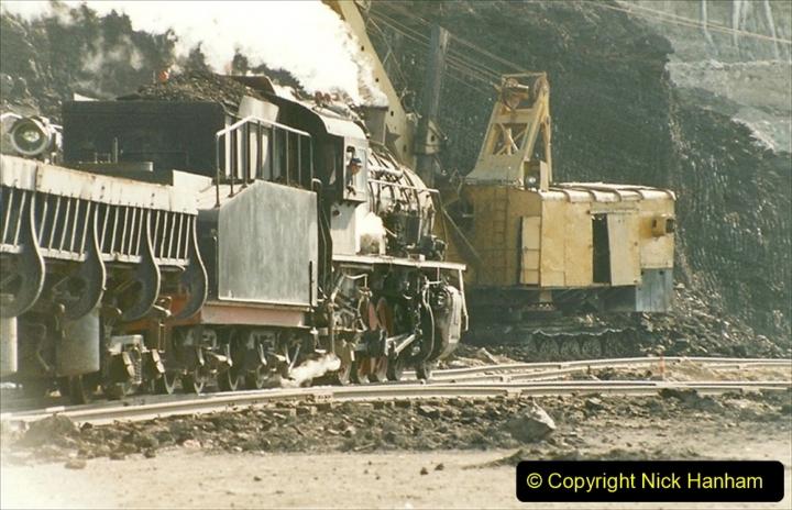 China 1999 October Number 1. (196) At Jalainur Opencast Coal Mine.
