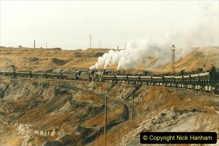 China 1999 October Number 1. (221) At Jalainur Opencast Coal Mine.