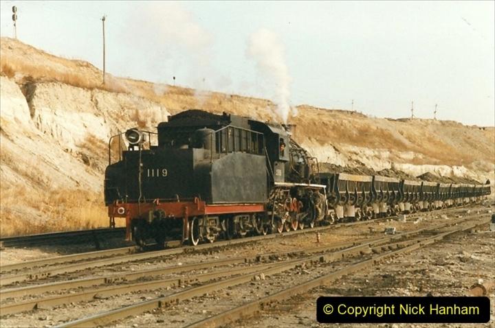 China 1999 October Number 1. (223) At Jalainur Opencast Coal Mine.