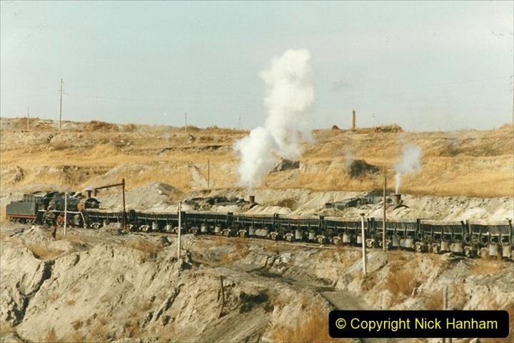 China 1999 October Number 1. (245) At Jalainur Opencast Coal Mine.
