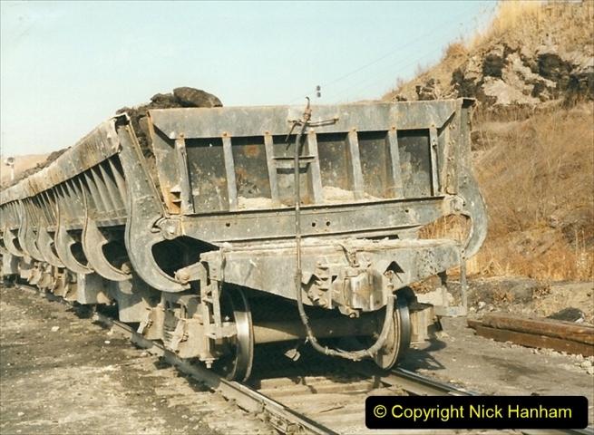 China 1999 October Number 1. (249) At Jalainur Opencast Coal Mine.