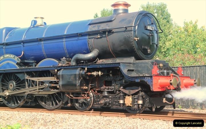 China & UK. (17) GWR King. 23 at Didcot. 016