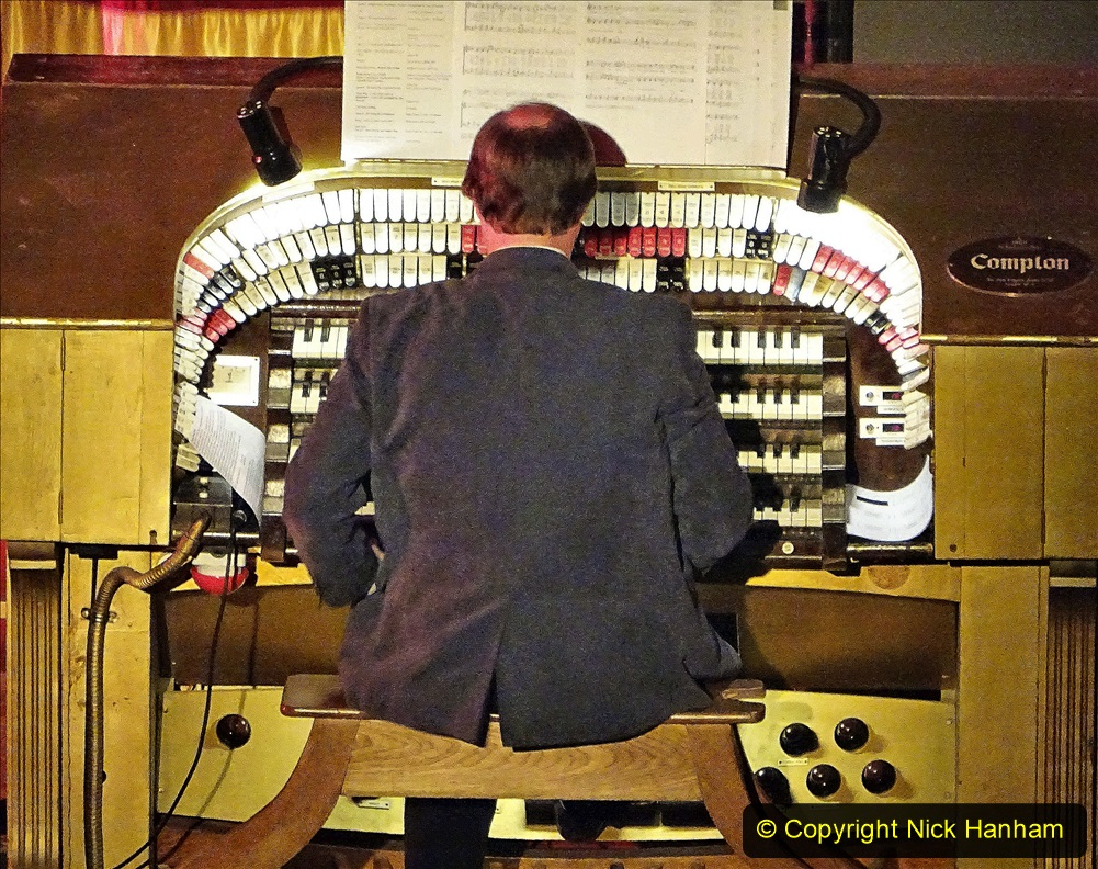 2019-12-12 Christmas Cracker & Bournemouth (14)  The Christmas Cracker Show in aid of the Compton organ fund. 014