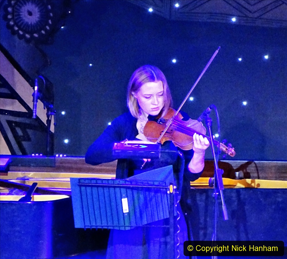 2019-12-12 Christmas Cracker & Bournemouth (21)  The Christmas Cracker Show in aid of the Compton organ fund. 021