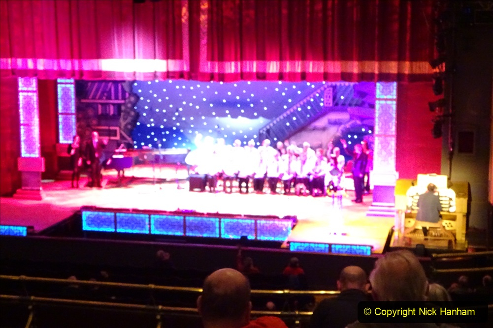 2019-12-12 Christmas Cracker & Bournemouth (42)  The Christmas Cracker Show in aid of the Compton organ fund. 042