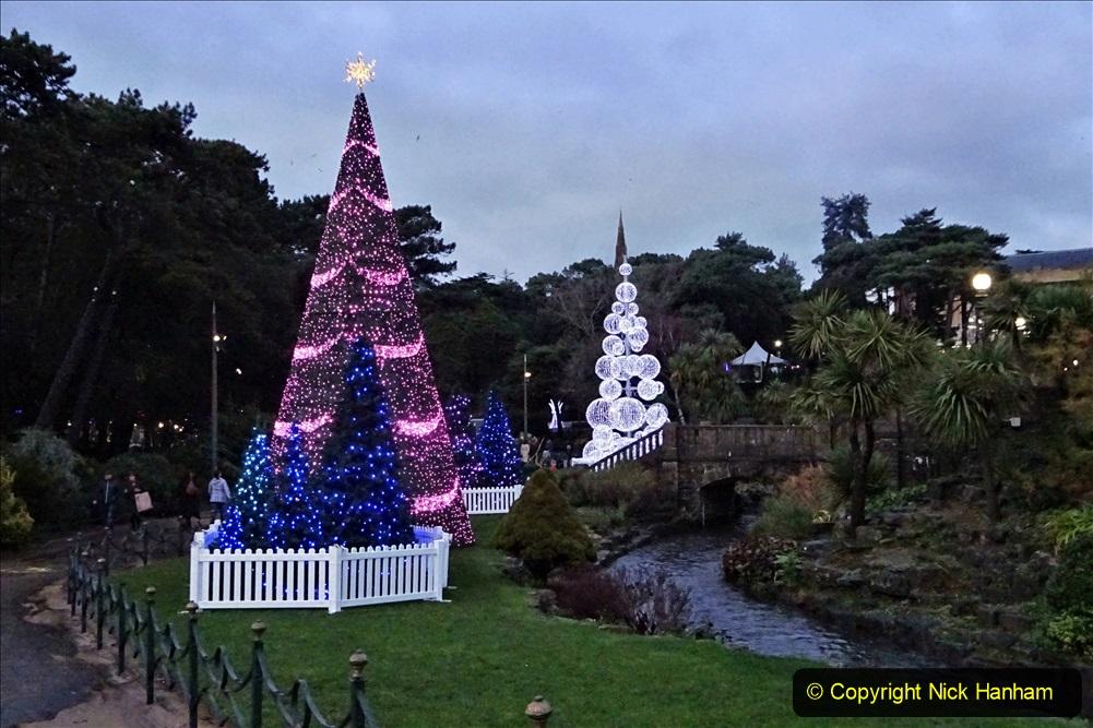 2019-12-12 Christmas Cracker & Bournemouth (58) Lower Gardens lights. 058